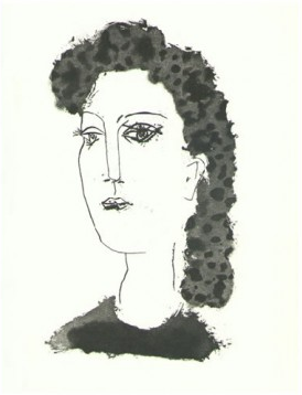 Femme Brune de Trois Quarts