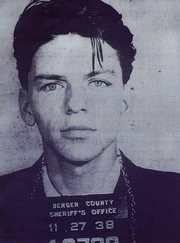Fran Sinatra Black