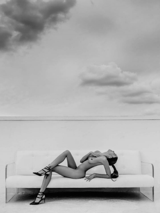 Kier-Reclined-On-Miami-Rooftop-800x600x0