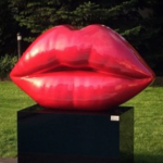 niclas castello, the kiss, niclas castello lips, neo, commercial, sculpture, Kiss by Niclas Castello