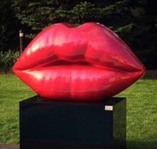 niclas castello, the kiss, niclas castello lips, neo, commercial, sculpture, Kiss by Niclas Castello