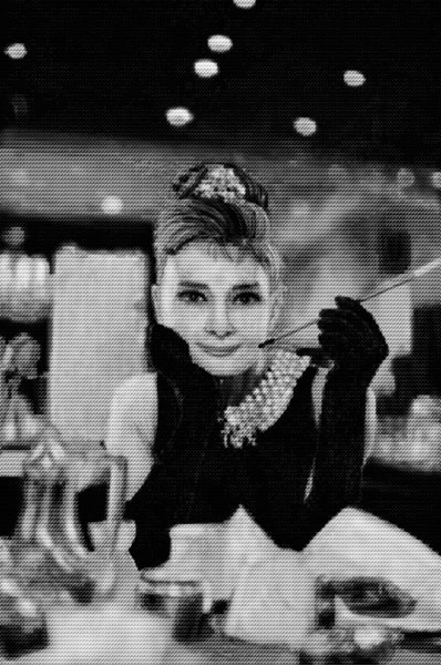 Audrey Hepburn vs. Dietrich