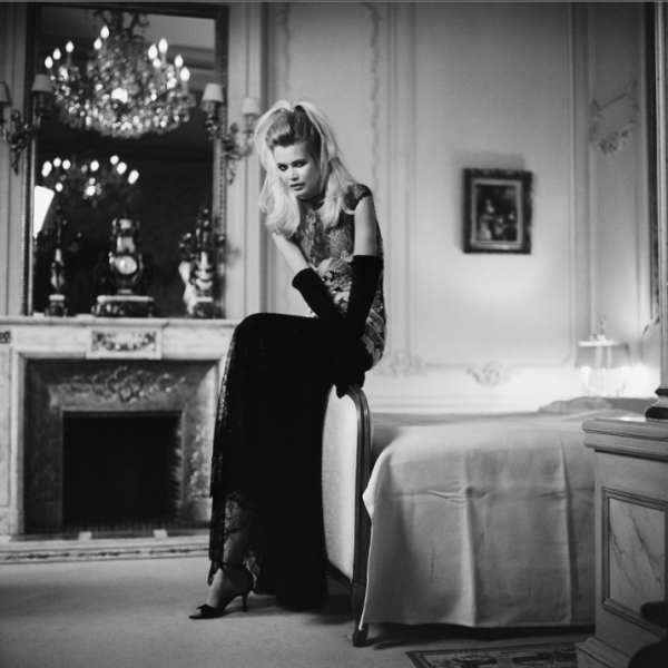 claudia schiffer by michel comte guy hepner. Black Bedroom Furniture Sets. Home Design Ideas