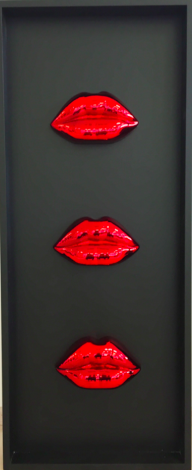 Cleopatra's Lips Red 3 times by Niclas Castello