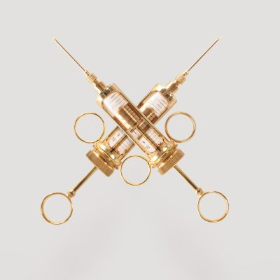 Golden Syringes by Diddo