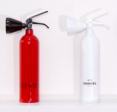 Niclas Castello fire extinguisher