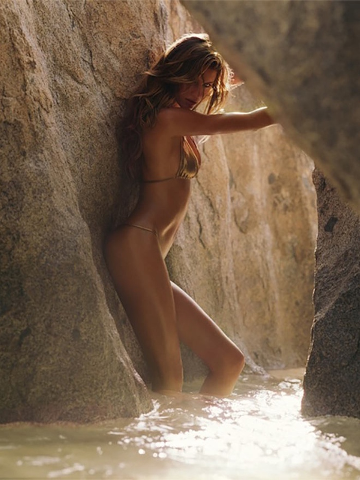 Gisele by Russell James